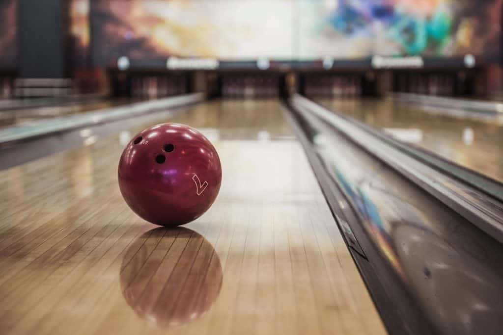 Best Bowling Balls for Synthetic Lanes Reviews