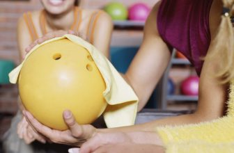 How To Clean a Bowling Ball With Dawn